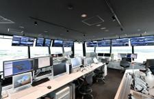成田空港、新ランプタワー公開 10日から運用、旧管制塔は解体
