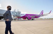 ピーチA320neoのエンジン、ブレードは重さ半分 栃木・AeroEdge、仙台で初飛来祝う