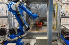 ANAと豊田自動織機、手荷物自動搭載ロボット開発 佐賀空港でコンテナ積込検証へ