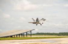 F/A-18スーパーホーネット、スキージャンプ離陸能力を実証 印海軍へ売り込み