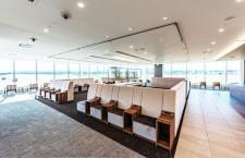 福岡空港、滑走路見えるラウンジ開業