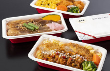 JAL、家庭向け機内食第2弾 賛否両論監修の牛すき焼き重や北海道の豚丼