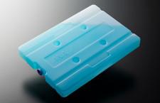 ANA、国内線カートに保冷剤導入 ドライアイス廃止、CO2・コスト削減