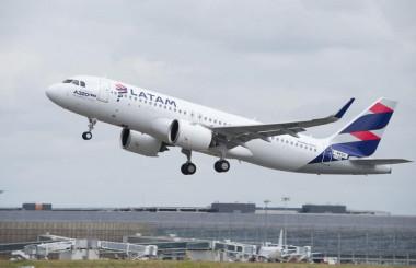 ラタム航空、A320の降下最適化でCO2削減 200機以上改修