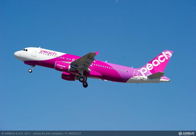 ... A320初号機「Peach Dream」=PHOTO: e'm company/P.MASCLET/Airbus