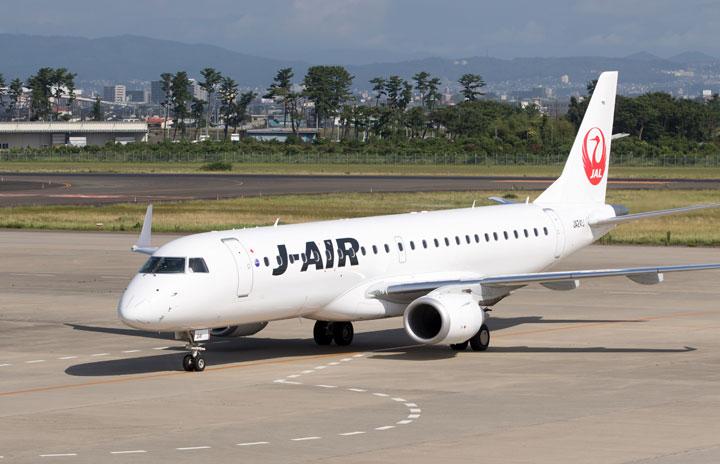 JALとブリヂストン、タイヤ摩耗予測で交換作業効率化 ジェイエア機で実施