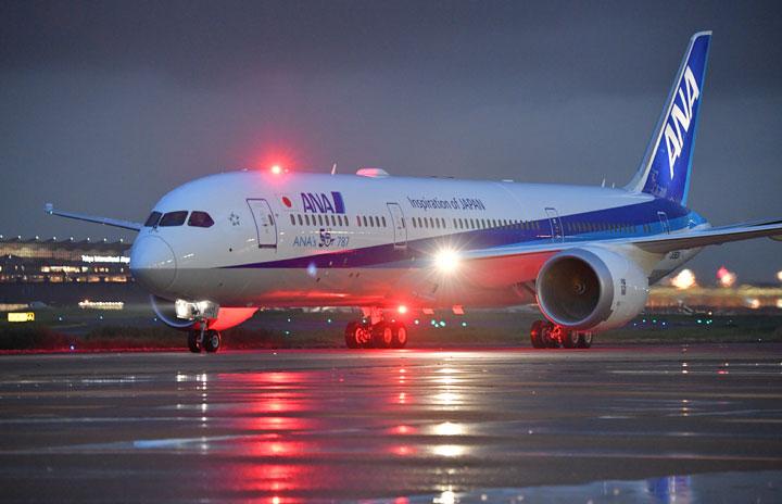 ANAのフランクフルト行きNH203便、シベリアに臨時着陸 エンジンオイル異常表示