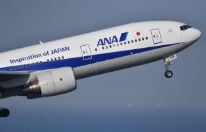 羽田空港を離陸するANAの777-200=18年4月21日 PHOTO: Tadayuki YOSHIKAWA/Aviation Wire