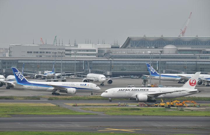 JALとANA、アルコール検知機不使用500件 パイロット飲酒問題