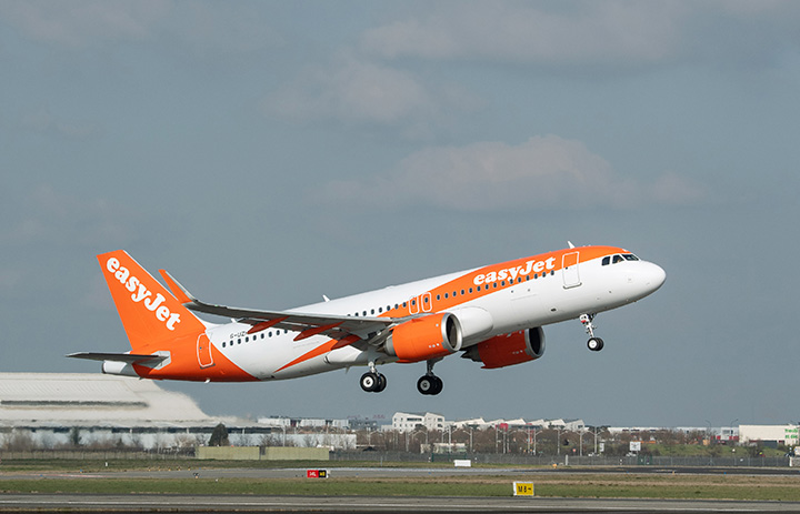 イージージェット、6月から運航再開へ マスク義務化、国内線から