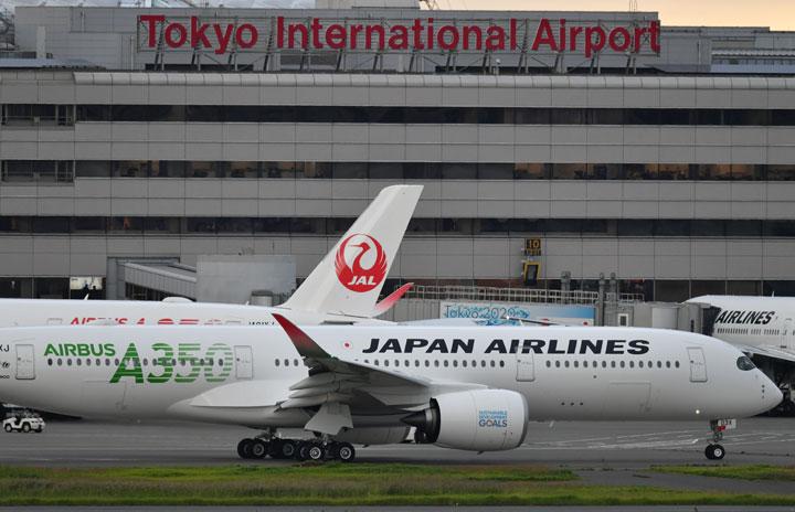 JAL、4連休に国内線臨時便60便 羽田-札幌や伊丹など、大型化100便も