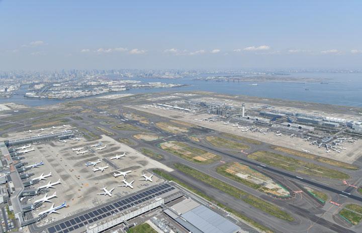 全世界から外国人の新規入国停止 1月末まで、ANA・JAL国際線は変更なし