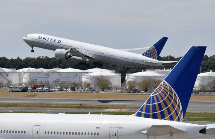ユナイテッド航空、マイル担保に50億ドル融資枠 9月末までに170億ドル流動性確保
