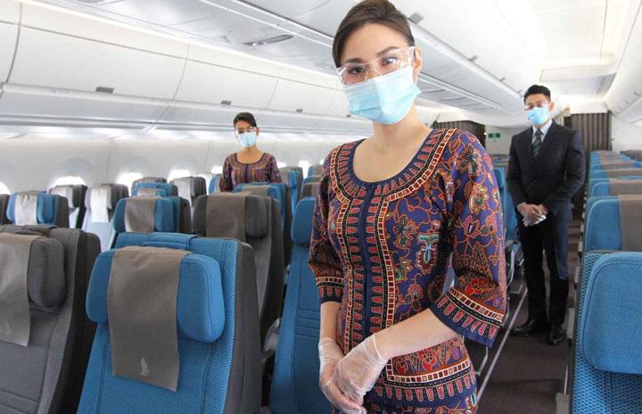 """シンガポール航空、機内で""""非接触""""推進 乗客にマスク入り衛生キットも配布"""