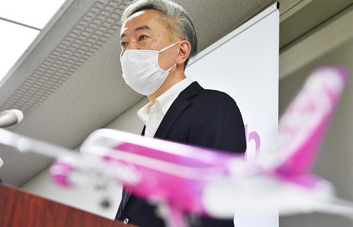 ピーチ、成田-釧路・宮崎8月就航へ 奄美は増便、国内線強化