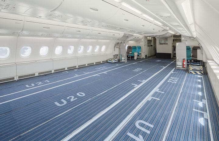 ハイフライのA380、エコノミークラスを臨時貨物室に 新型コロナで