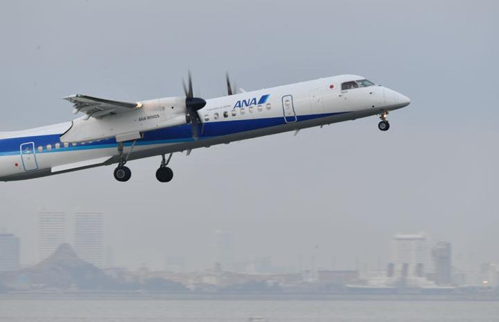 ANAのプロペラ機Q400羽田便、51日間で終了 最終日は2機で8便