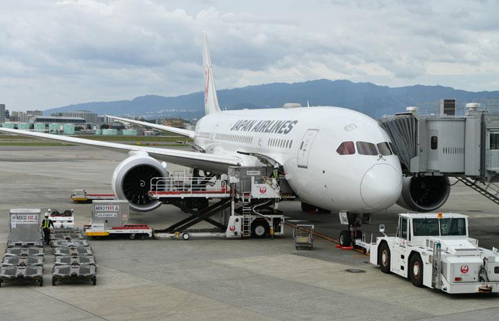 JALとCBcloud、常温貨物を当日配送 法人対象、羽田・伊丹など14空港で空陸一貫