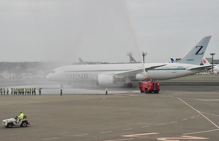 ZIPAIR、成田-ソウル旅客便就航 初便乗客は2人