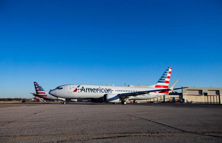 アメリカン航空の737MAX、エンジン不具合で緊急着陸